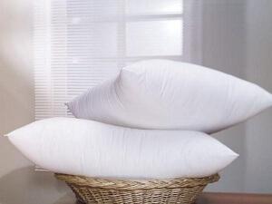 Как удлаить пятна от пота на подушке