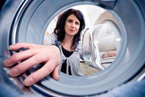 Чистим стиральную машину и удаляем запах плесени